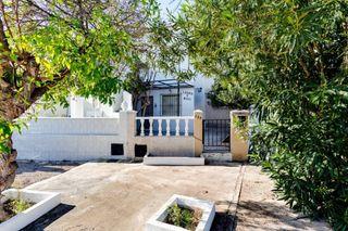 Casa adosada Calle Urano, 359. Ocasion un bungalow en torreta