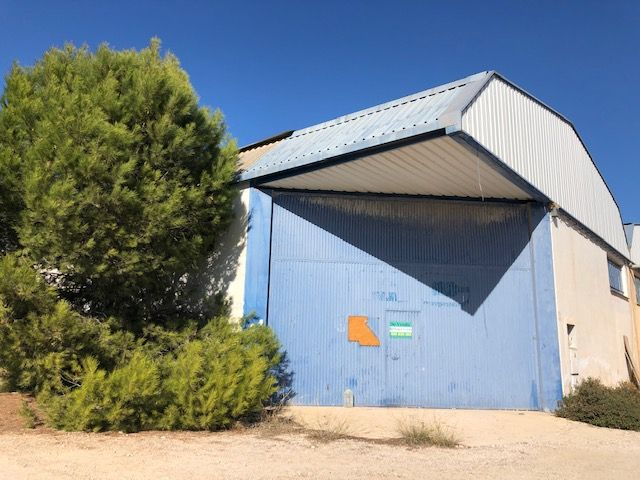 Industrial building in Carretera de catral, 913. Por solo 147.000 euros