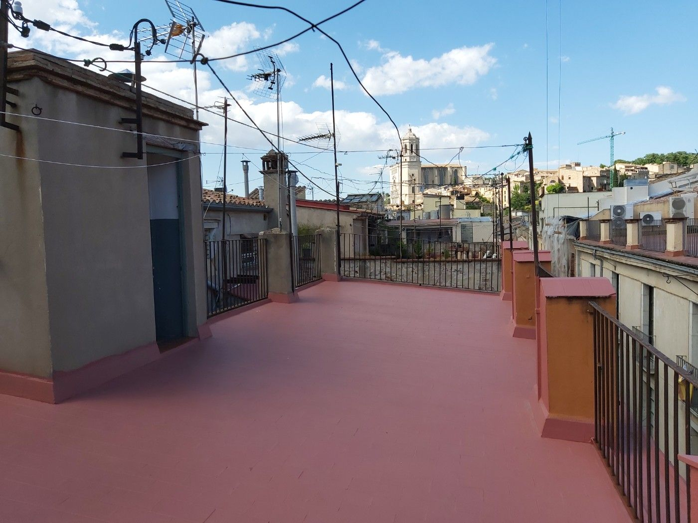 Rent Apartment in Carrer mercaders, 3. Pis de 3 habts al c. mercaders