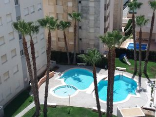 Rent Apartment in Avenida roger de lauria, 14. Alquiler anual playa de daimuz