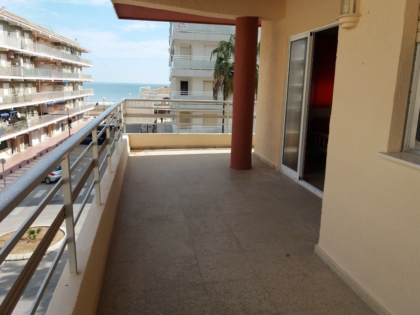 Appartement à Calle pobla del duc, 1. Playa de daimuz vistas al mar