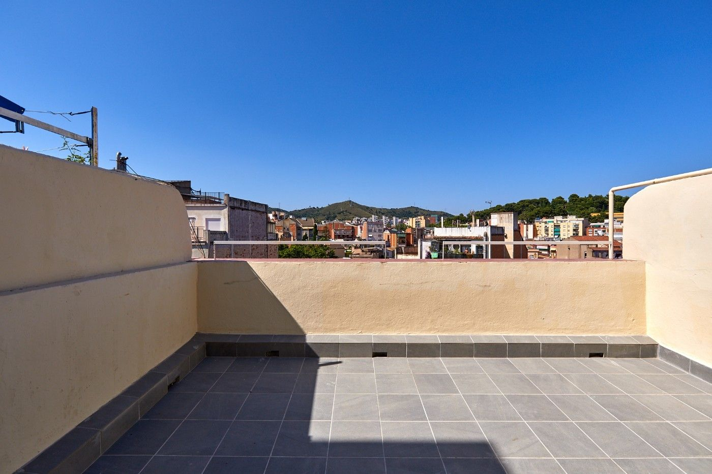 Penthouse in Carrer tajo, 51. Obra nueva