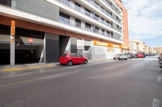 Autoparkplatz in Calle manuel sanchis guarner, 2. Parking calidad en xirivella