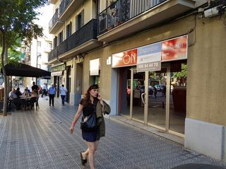 Lloguer Local Comercial en Carrer arizala, 19. Esquina av. madrid / arizal