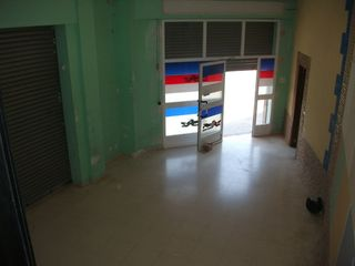 Rent Business premise  Barrio sucusa. Local esquinero