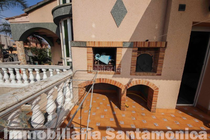 BARBACOA. House with fireplace heating parking in Can Moré-Santa Anna Pineda de Mar