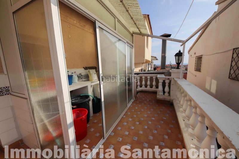 LAVADERO. House with fireplace heating parking in Can Moré-Santa Anna Pineda de Mar