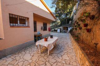 Casa adosada La Vall. Con piscina, bbq, jardín 500 m2
