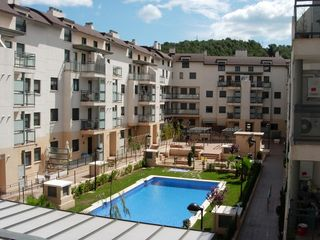 Location Appartement  Avenida pau de (la). Residencial con piscina