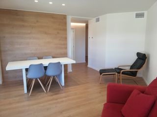 Location Appartement  Zona clínica girona- ave. Totalmente reformado. cerca ave