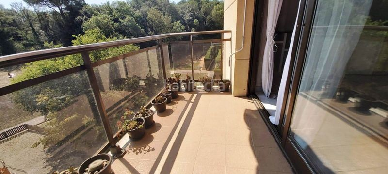 Terraza. Flat with heating pool in Palau Girona