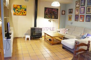 House  Casco antiguo. Gran casa reformada en casco an