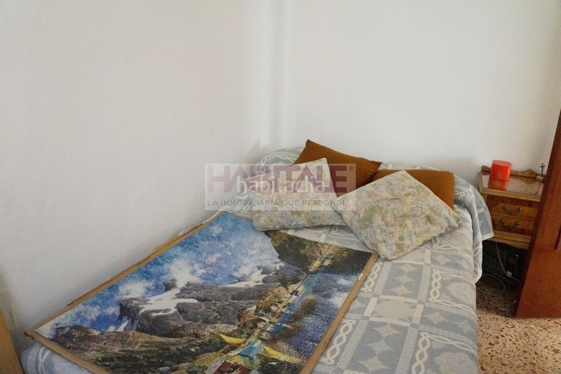 DORMITORIO. Chalet with fireplace heating in Xàtiva