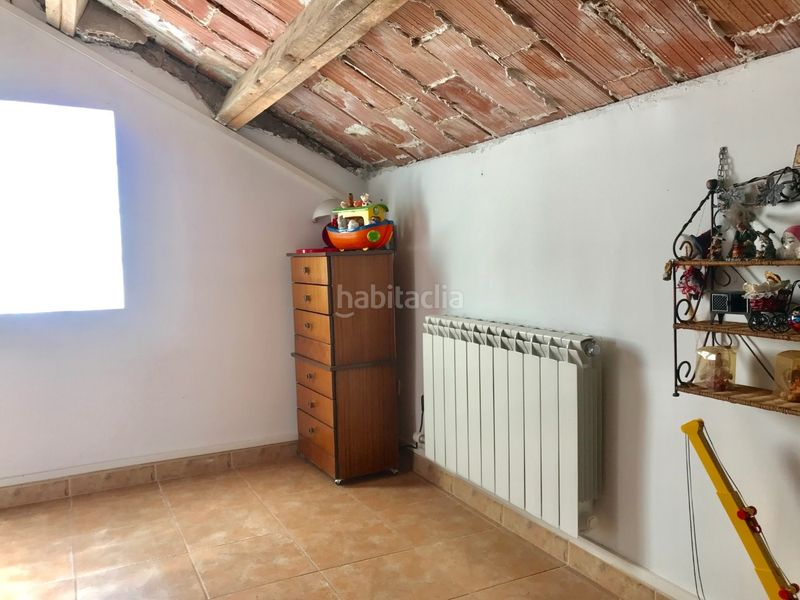 buhardilla. Chalet with fireplace heating parking pool in Molins de Rei
