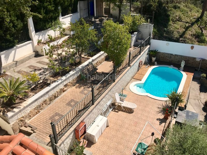 Vistas. Chalet with fireplace heating parking pool in Molins de Rei