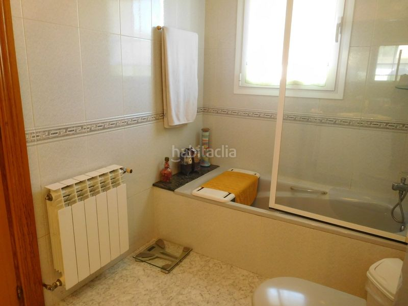 BAÑO. House with fireplace heating parking pool in Caldes de Montbui