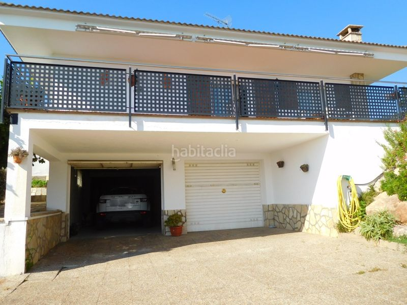 GARAJE. House with fireplace heating parking pool in Caldes de Montbui