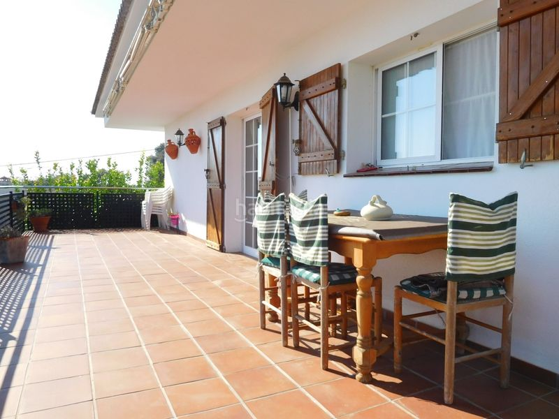 TERRAZA. House with fireplace heating parking pool in Caldes de Montbui