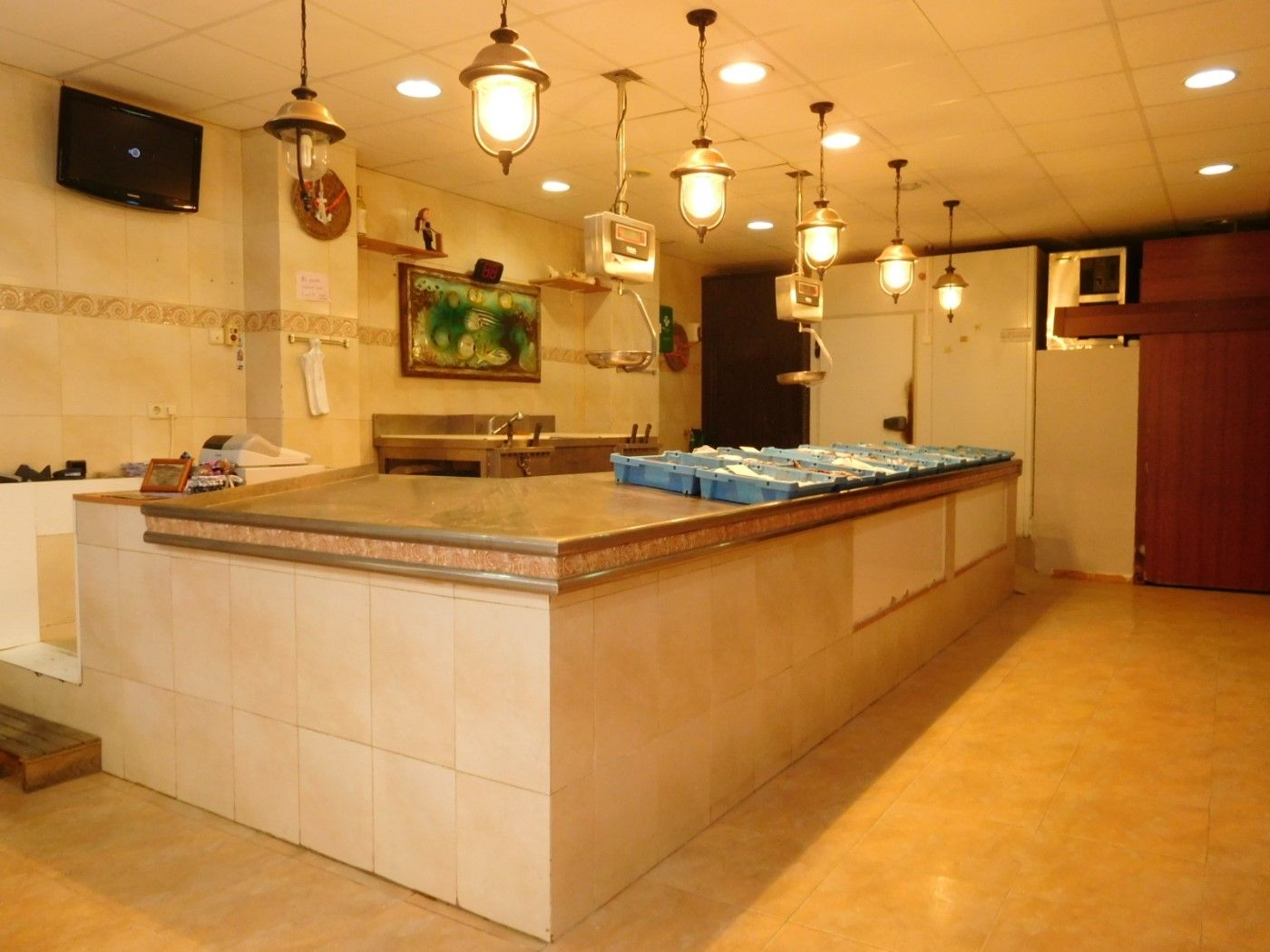 Rent Business premise  Carrer bellaire. Pescaderia