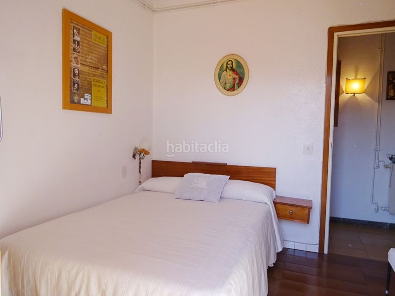 DORMITORIO DOBLE. House with fireplace heating parking pool in Maçanet de la Selva