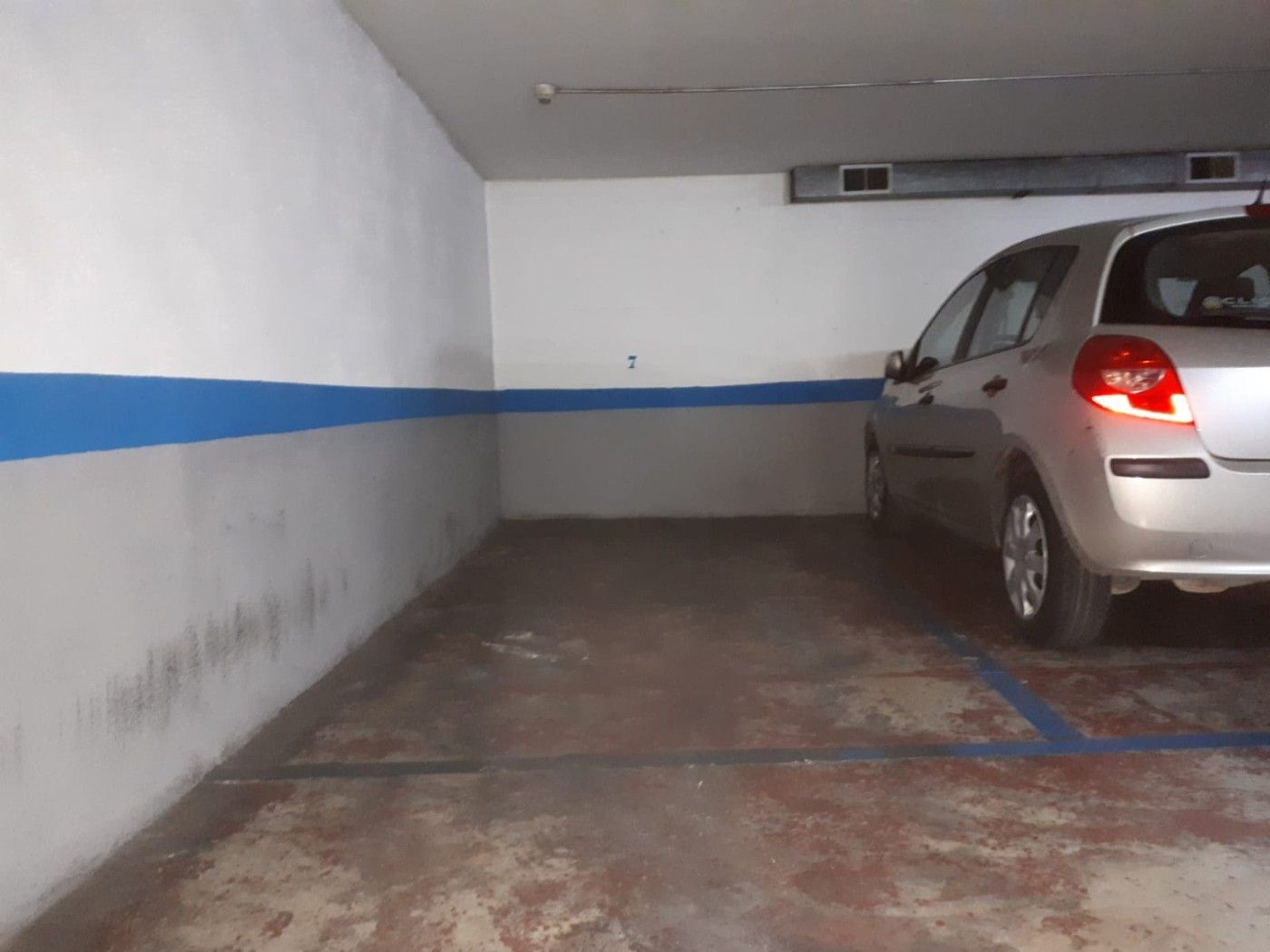 Parking coche en Carrer Roger De Flor
