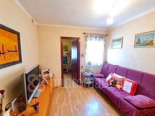 Flat in Carrer empuries, 12. Reformado. disponible ya