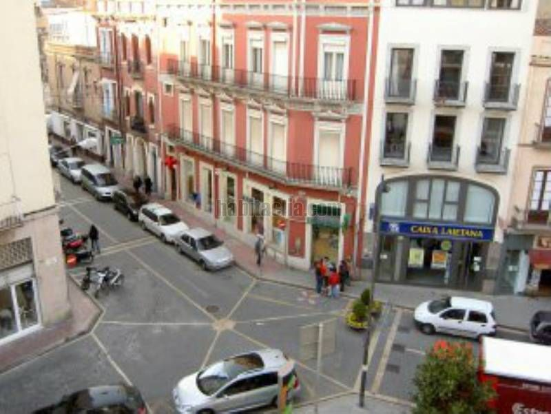 Holiday lettings Apartment  Placeta sant joan. Muy céntrico con parking