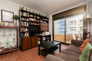 Appartamento  Riera de cassoles. Gran piso de 120m2  con parking