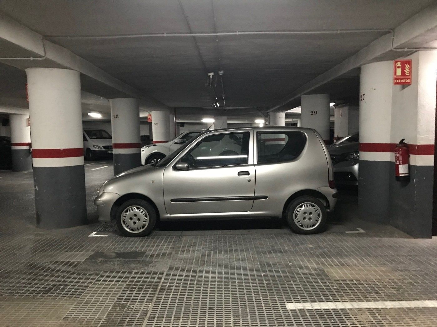 Parking coche en Carrer Arago
