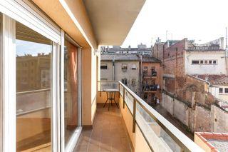 Appartement  Ronda francesc camprodon. Al centre de vic!