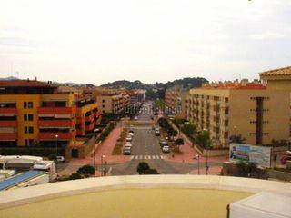 Apartamento  Zona residencial cerca de la playa. 1habitación soleado