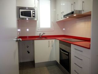 Rent Flat  Carrer francesc layret. Piso impecable