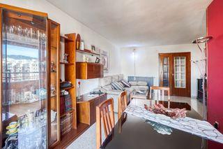 Appartamento  Carrer sant joan de malta. 4 hab.2 baños c/asc.+ pl.pk alto