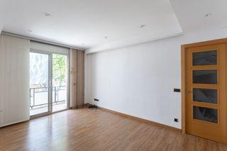 Appartement  Carrer paraguai. Impecable piso 3 hab. c/asc, lum