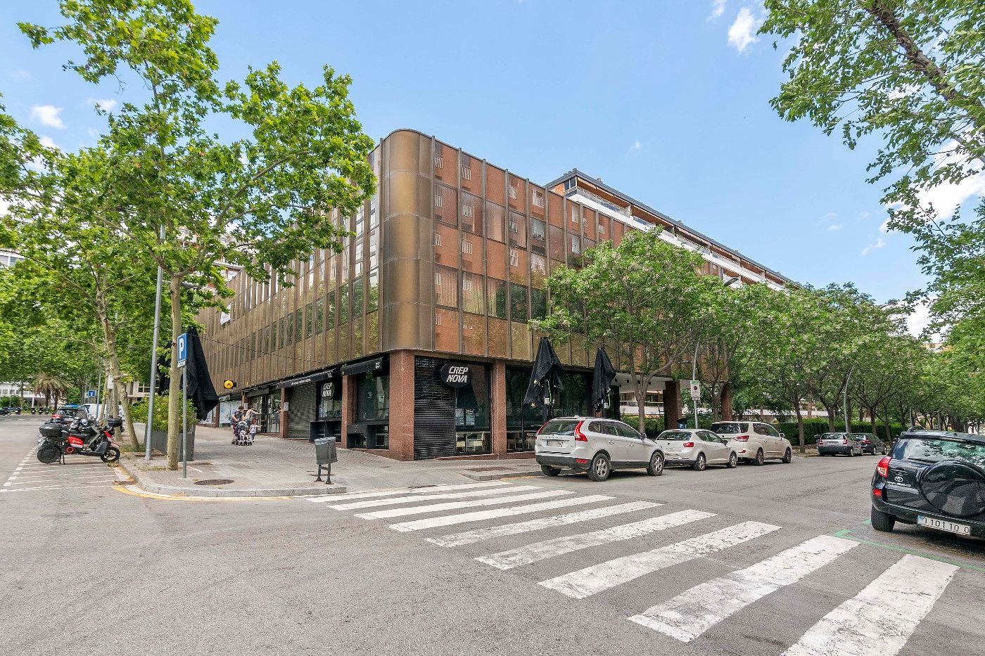 Office space in Carrer doctor august pi i sunyer, 12. De 60m2 con parquing