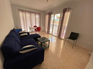 Location Appartement à Carrer priorat (del), 3. Piso de 3 hab, 1 baño, terraza