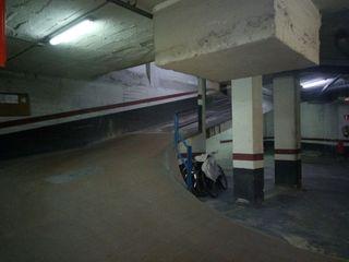 Alquiler Parking coche en Avinguda meridiana, 1. Plaza de parking de fácil acceso