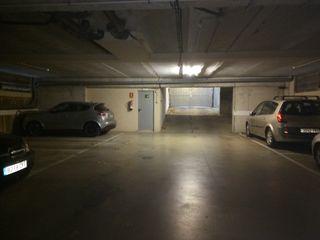 Parking coche  Carrer jaume huguet. Excelente plaza de parking