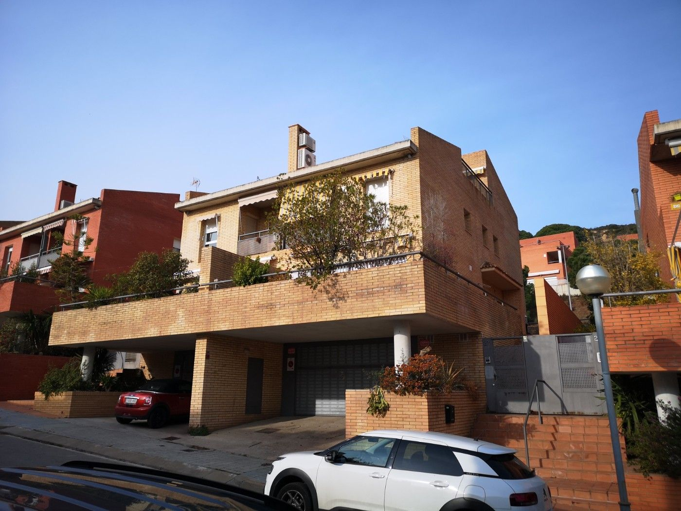 Towny house in Carrer artemis, 27. ¡¡¡negociable!!! con piscina