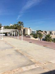 Local commercial dans Els pins, 1. Terraza 67m en 1ª línea de mar
