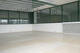 Alquiler Nave industrial  Carretera figueres. Nau 700m² nova a besalu.