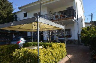 Casa  Can boatell. Chalet con gran garaje