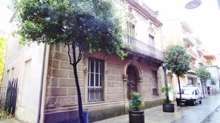 Edificio in Carrer Sant Ferriol, De, 46
