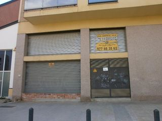 Local commercial à Carrer rasa d´en sola, 1. Oportunidad bancaria!
