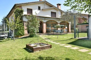 Villa in Carrer Altarriba (de L´)