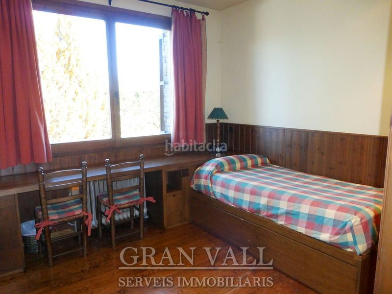 Dormitori 2. House with fireplace heating parking in Prats i Sansor