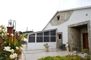Casa en Cànoves i Samalús. Con estudio independiente