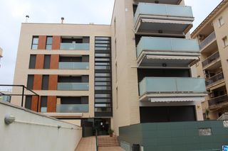 Apartment in Carrer rin, 21. Oportunidad!!