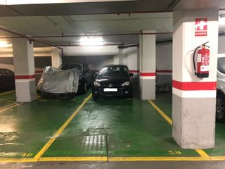 Parking coche  Carrer arago. Plaza doble en aragón - casanova