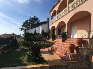 Villa  Carrer peixos. Torre en santa susana